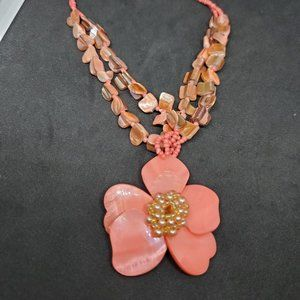 Peach Mother of Pearl Flower Pendant Necklace Seed